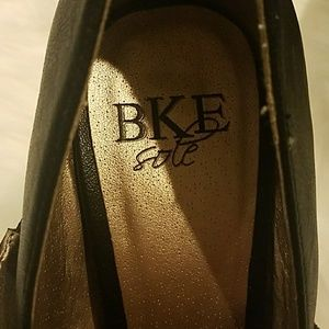 BKE Shoes - BKE Platform Heels New